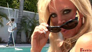 Amber Lynn Is Outdoors Getting Laid