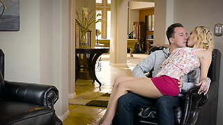 Brazzers - Moms in control -  Tight Fitting H