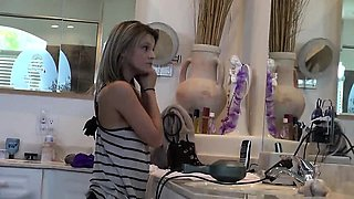 Beauty young teen blowjob homemade