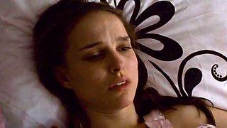 Natalie Portman,Mila Kunis in Black Swan (2010)
