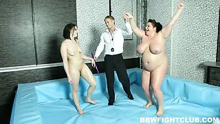 Naked BBW wrestling match