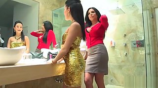 Upscale Stepmom Is Super Horny