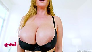 Busty blonde Kianna Dior needs more than one dick to be pleased