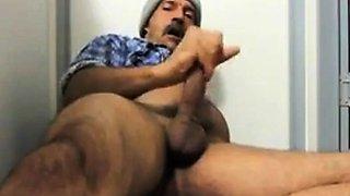 Moustache daddy jerking