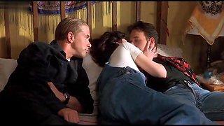 Katherine Kousi,Lara Flynn Boyle in Threesome (1994)