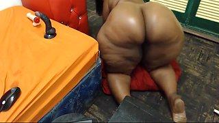 Huge Ass, Nice Shape, Black Woman With Dirty Feet, Webcam