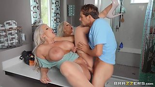 Alura Jenson And Tyler Nixon - Plumber Trapped Under Plumpy
