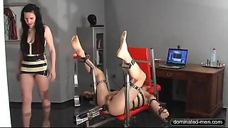 Slave isTied up for Live Chat at the Fucking Machine