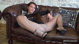 Roxanne & Yves Saint Lauren - Hot Babe In Pantyhose