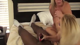 Surprising amber Lynn Back With a Foursome