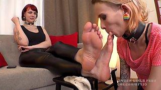Tall goth girl feet worship