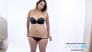 MODEL SUCKS COCK AT PHOTO SHOOT CASTING AUDITION