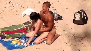 college girl beach couple