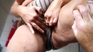 Finger fucked BBW squirts and pees