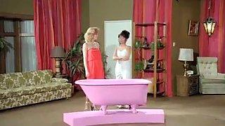 Pink Bath For Bukkake