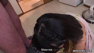 Toothy Japanese girl Tomoyo Isumi gives a blowjob and handjob to old man