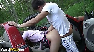 College girl fucked in the car