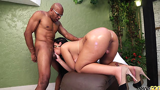 Kessia Brunelly in New Year Booty (01 01 2016)