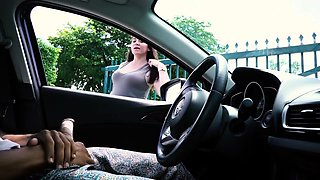 Hot amateur babe watches a hung guy jerking off in the car