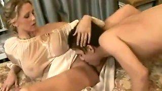 Vintage Horny Milf mom fuck by Young Son ( Full videos https://goo.gl/Bph1P7 )
