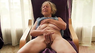 Granny Loves Playing With Her Pussy