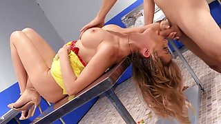 Linzee Ryder in Milf In The Kitchen In The Dining Room Fucked A Young Employee With A