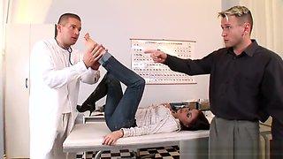 PERVERT DOCTOR FUCKS HOT WIFE WITH FRIEND(FOOTBANG FOOTJOB THREESOME DP )