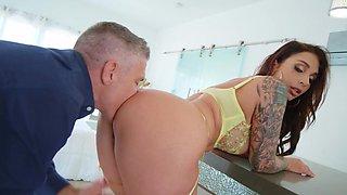 Balls deep ass fucking makes tattooed Ivy Lebelle cum with pleasure