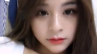 Korean 18yo horny camgirl fucks toy