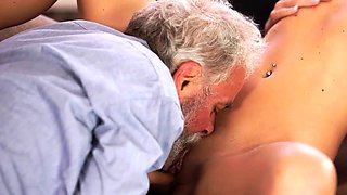 OLD4K. Experienced teacher doesnt waste chance to fuck