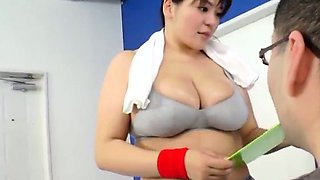 Mizuki Ann has huge cans sucked at gym