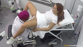 Kinky gynecologist licks and fucks juiciest pussy of sexy client Gala Brown