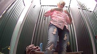 Blonde MILF Women Has No Idea About Spy Camera