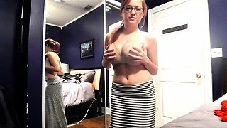 Bodacious girl shows off her big natural tits for the camera