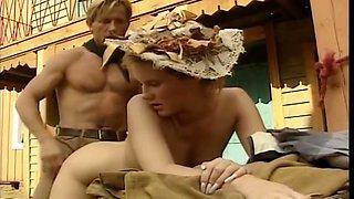 Spritzende Colts (1991) - Andrea Molnar and Christoph Clark